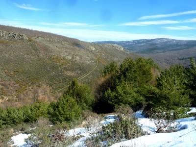 Valdebecerril - Pueblos Negros; senderismo comunidad madrid; señalizacion senderos;nieve en madrid